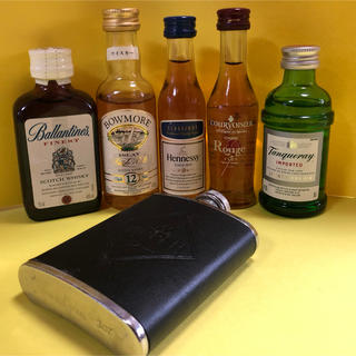 サントリー(サントリー)の洋酒 スキットル セット(ウイスキー)