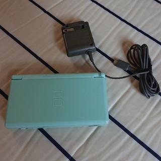ニンテンドーDS(ニンテンドーDS)のニンテンドーDSライト アイスブルー 充電器付き 連休値下げ中(家庭用ゲーム機本体)