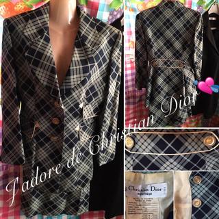クリスチャンディオール(Christian Dior)のクリスチャンディオール エンブレム デザイン スーツ Girlドレス クレイサス(スーツ)