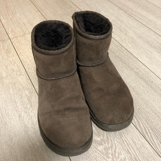 アグ(UGG)のuggショートブーツ(ブーツ)