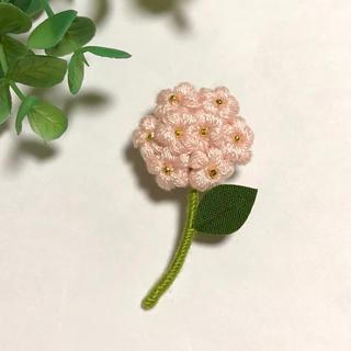 フラワーブローチ*一輪の花〜パウダーピンク(コサージュ/ブローチ)