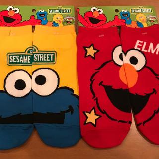 セサミストリート(SESAME STREET)のセサミストリート〜エルモ&クッキーモンスター靴下2足組22〜26cm(ソックス)