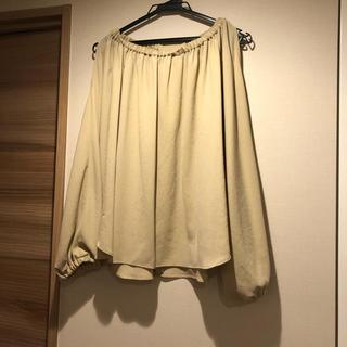 ラグナムーン(LagunaMoon)の美品・ソフィラのブラウス(シャツ/ブラウス(長袖/七分))