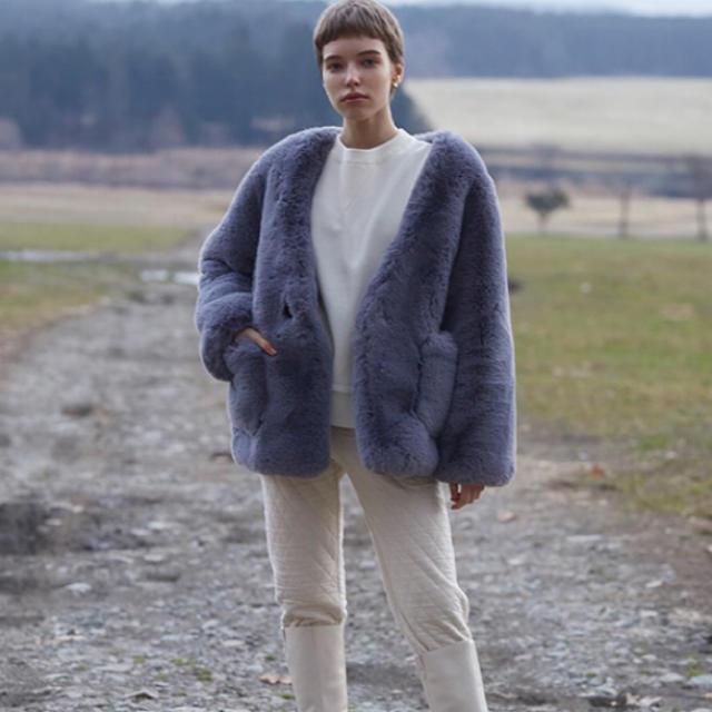 SeaRoomlynn(シールームリン)のポケットノーカラーFURコート レディースのジャケット/アウター(毛皮/ファーコート)の商品写真