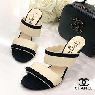 CHANEL - 829 美品 シャネル ココマーク ミュール 黒白