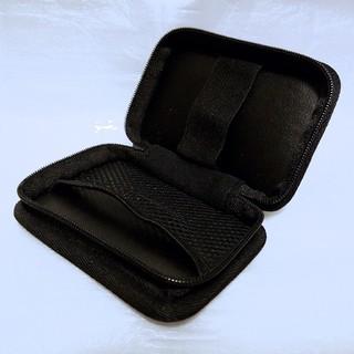 フィリップス(PHILIPS)のPHILIPS イヤホンケース ケーブルカバー 内側ネットポケット付き ブラック(ヘッドフォン/イヤフォン)