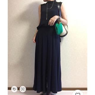 GU - 美品 GU イージースカンツ フレアパンツ ワイドパンツ