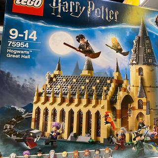 レゴ(Lego)のレゴ(LEGO) ハリー・ポッター ホグワーツの大広間 75954(積み木/ブロック)