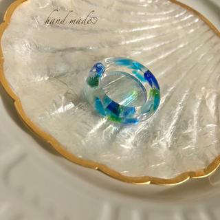 ♦︎ブルー系ガラス入りリング 約13号(リング(指輪))