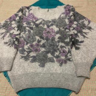 【良品・訳ありお得】花柄セーター(ニット/セーター)