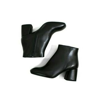 FABIO RUSCONI - 今期 FABIO RUSCONI スクエアトゥレザーブーティ 23cm ブーツ