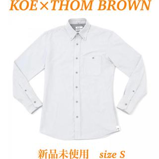 トムブラウン(THOM BROWNE)の【KOE×THOM BROWNE】MENS OXFORD SHIRT(シャツ)