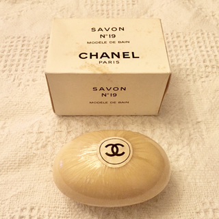 CHANEL - CHANEL シャネル N°19 ソープ