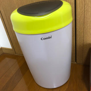 コンビ(combi)のcombi Smart-poi 本体&スペアカセット (紙おむつ用ゴミ箱)