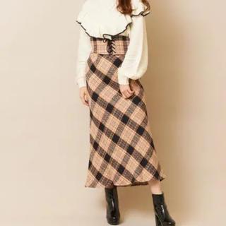 ティティアンドコー(titty&co)のtitty&Co. ベルト付チェックタイトスカート ベージュ Mサイズ(ロングスカート)
