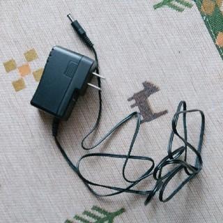 パナソニック(Panasonic)の掃除機専用充電アダプター(変圧器/アダプター)