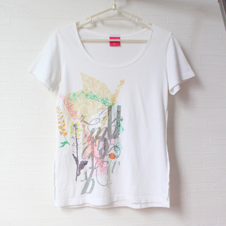 フェリシモ(FELISSIMO)のTシャツ フェリシモ(Tシャツ(半袖/袖なし))
