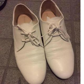 ノートエシロンス(note et silence)のツモリチサト レースアップシューズ  猫 ホワイト(ローファー/革靴)