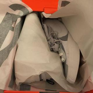 NIKE - Sacai × Nike BLAZER MID White/Wolf Grey