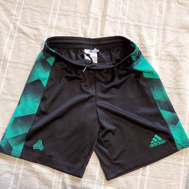 adidas(アディダス)のJr.サッカー上下 スポーツ/アウトドアのサッカー/フットサル(ウェア)の商品写真