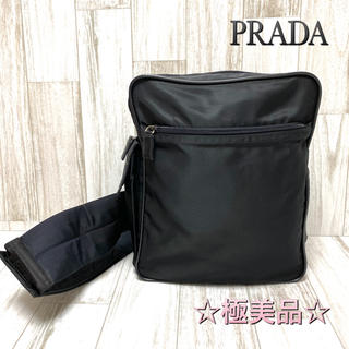 プラダ(PRADA)の☆極美品☆プラダ PRADA ボディバッグ ショルダーバッグ ナイロン ブラック(ボディーバッグ)