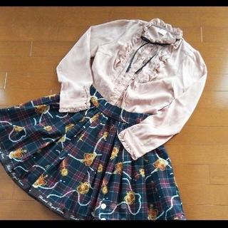 アンクルージュ(Ank Rouge)のアンクルージュ 王冠柄スカート リボンブラウス セット ♪(ひざ丈スカート)