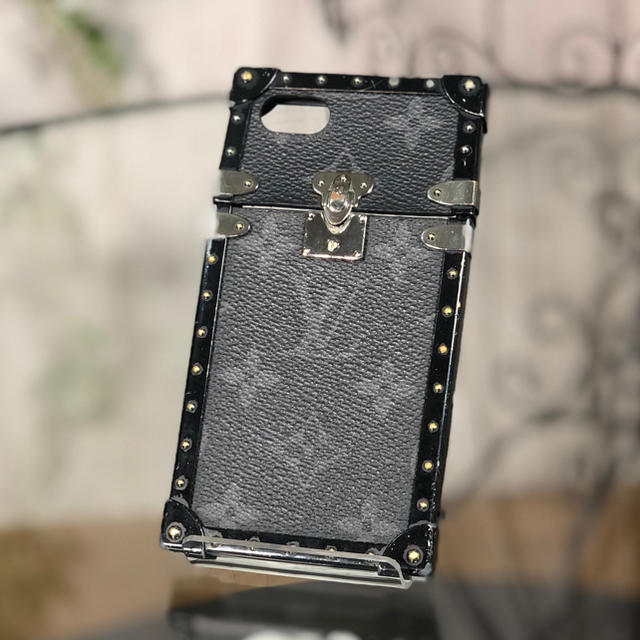 LOUIS VUITTON - LOUIS VUITTON Iトランク iPhone7 8 LV 携帯ケースの通販