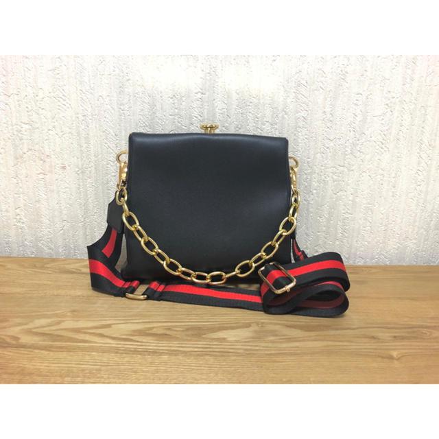 MURUA(ムルーア)のMURUA ラインショルダーBAG レディースのバッグ(ショルダーバッグ)の商品写真