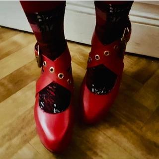 ヴィヴィアンウエストウッド(Vivienne Westwood)のVivienne Westwood ロッキンホース バレリーナ red (ローファー/革靴)