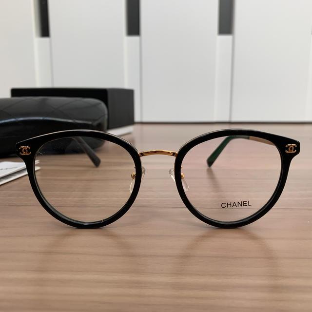 CHANEL(シャネル)の値下げ!!! CHANEL メガネ CH2132 レディースのファッション小物(サングラス/メガネ)の商品写真