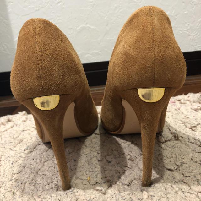 ZARA(ザラ)のZARA スウェードパンプス レディースの靴/シューズ(ハイヒール/パンプス)の商品写真