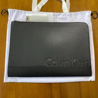 Calvin Klein - 【CALVIN KLEIN】Logo Leather クラッチバッグ 新品