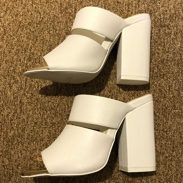 GYDA(ジェイダ)のK00093/GYDAポイントメタルサンダル レディースの靴/シューズ(サンダル)の商品写真