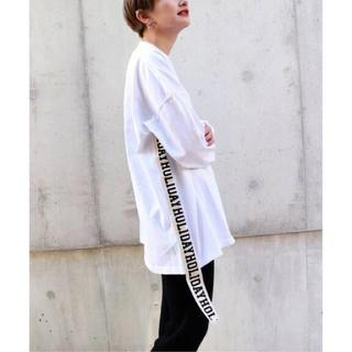 ホリデイ(holiday)のさいか様専用!完売商品SUPER FINE DRY MINI DRESS(Tシャツ(長袖/七分))