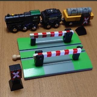 ボーネルンド(BorneLund)の『Masa様』専用【Borne Express】ボーネエクスプレス 踏み切り (電車のおもちゃ/車)