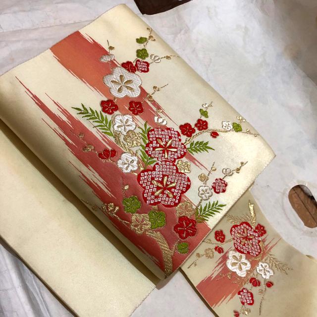 帯   (クリーム地に梅柄)  使用品  送料込み レディースの水着/浴衣(帯)の商品写真
