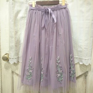 F i.n.t - Fi.n.t フラワー刺繍チュールスカート