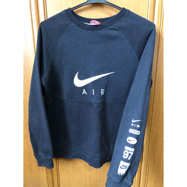 NIKE(ナイキ)のNIKEトレーナーキッズL キッズ/ベビー/マタニティのキッズ服男の子用(90cm~)(Tシャツ/カットソー)の商品写真