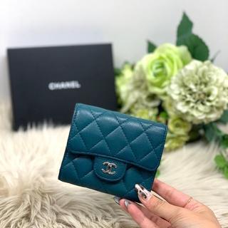 CHANEL - 美品 シャネル キャビアスキン マトラッセ 三つ折り財布