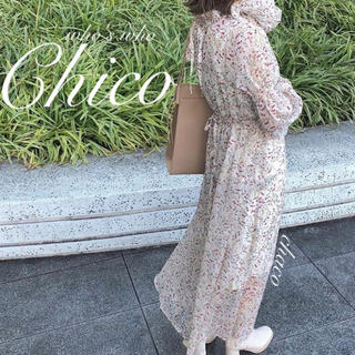 who's who Chico - 2020ss🐝¥7590【Chico】花柄キャンディースリーブワンピース