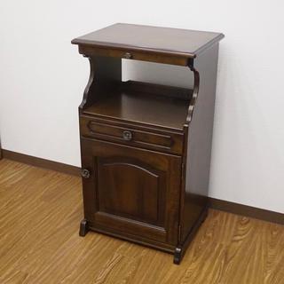 カリモクカグ(カリモク家具)のkarimoku カリモク コロニアル カントリー 電話台 FAX台(電話台/ファックス台)