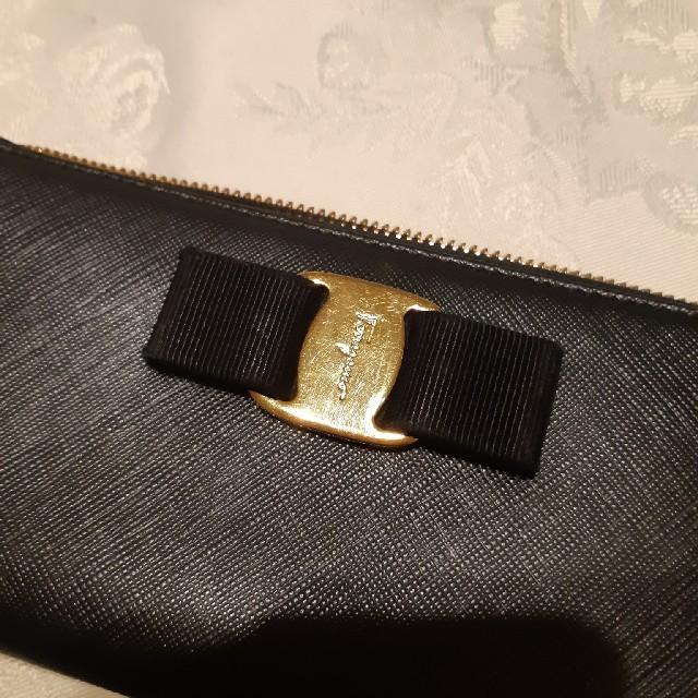 Salvatore Ferragamo(サルヴァトーレフェラガモ)の長財布 ヴァラ VARA レディースのファッション小物(財布)の商品写真
