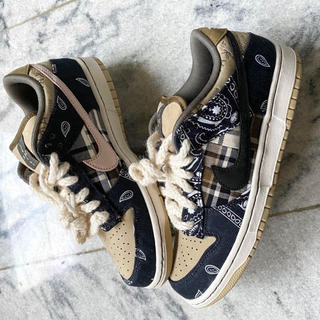 NIKE - Nike sb dunk low qs travis scott 27.0cm