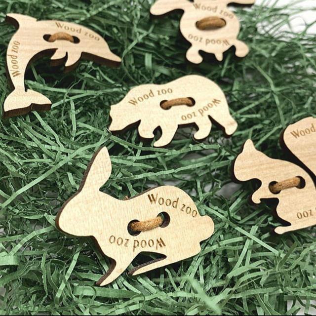 【送料無料】名入れウッドボタン Wood Zoo  (5個入) 名入れボタン  ハンドメイドの素材/材料(各種パーツ)の商品写真