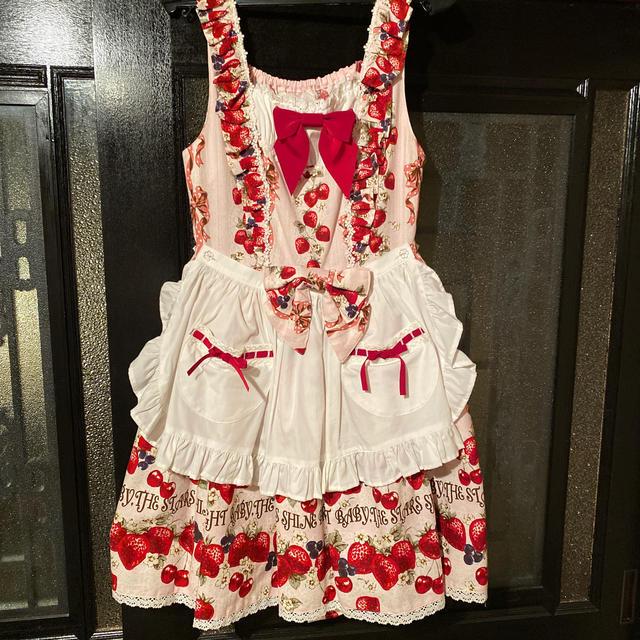 BABY,THE STARS SHINE BRIGHT(ベイビーザスターズシャインブライト)のstrawberry Heart drops レディースのワンピース(ひざ丈ワンピース)の商品写真