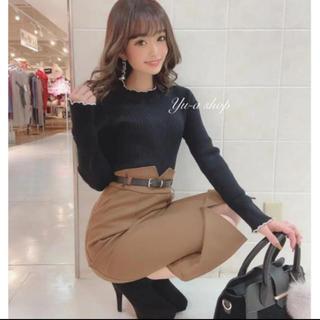 LIP SERVICE - 今期最新作ベルト付Vカットスカート