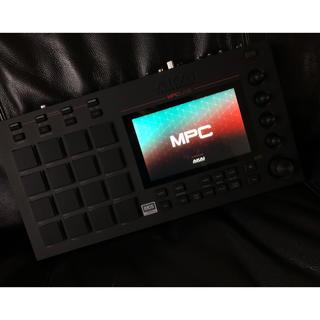AKAI MPC live   即日発送(MIDIコントローラー)