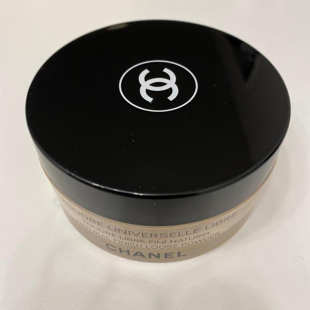 CHANEL(シャネル)のCHANEL プードゥルユニヴェルセル リーブル 20 クレール コスメ/美容のベースメイク/化粧品(フェイスパウダー)の商品写真