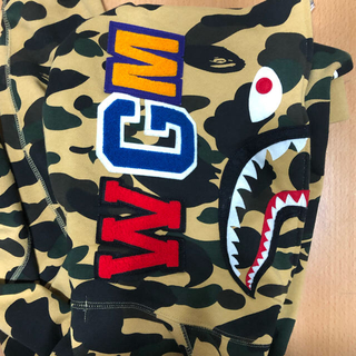 A BATHING APE - シャークパーカー A BATHING APE