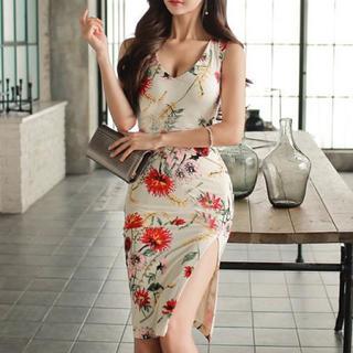EmiriaWiz - 花柄デザインスリットドレス キャバ ワンピース